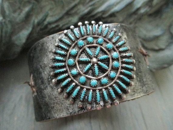 Vintage cuff de couro azul-turquesa - Boho Corsage - pulseira de couro envelhecido do sudoeste americano Navajo boho país slashKnots OOAK nativos