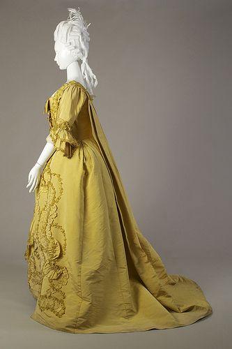 Yellow silk robe à la française, ca. 1760-1779   by KSU Museum (side view)
