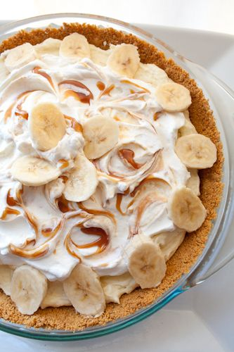 Salted carmel banana cream pie
