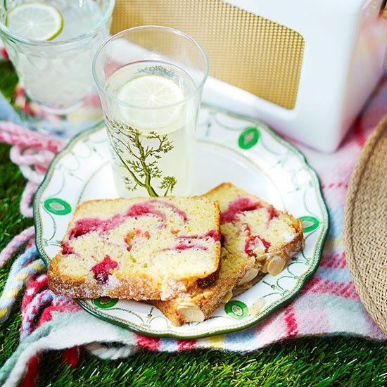 Raspberry ripple cake