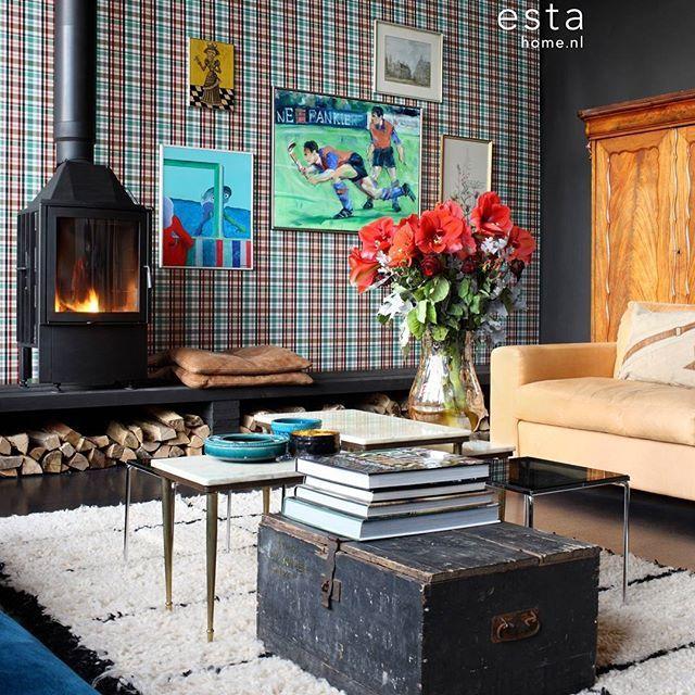 """Estahome.nl's nieuwe behangcollectie College is te gek voor het creëren van een originele vintage sport kamer. College combineert klassieke """"old-school"""" behangmotieven met coole, trendy designs."""