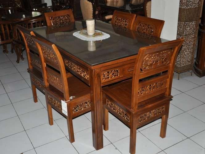 Selamat datang di toko Hasan Mebel Jepara yang sederhana ini . Meja Makan Kartini ini di desain secara minimalis dan penuh ukiran khas jepara .