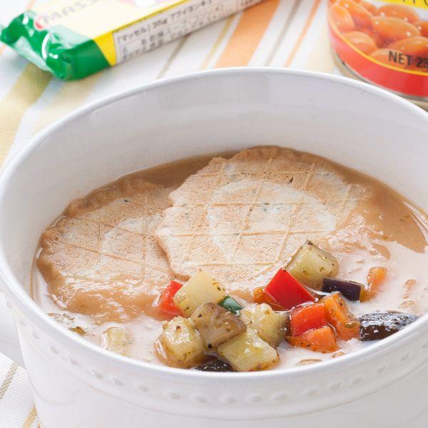 【レシピ有】ビーンズの優しいポタージュに、クラッカーや野菜を混ぜて2度楽しめるスープ♪ - 322件のもぐもぐ - 栄養満点♪ビーンズと野菜のスープ by Reciple