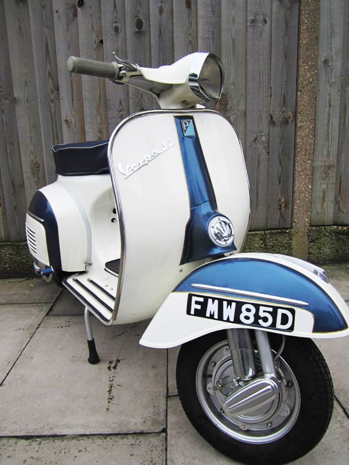 Vespa SS180_Dealer special restored by Retrospective Scooters