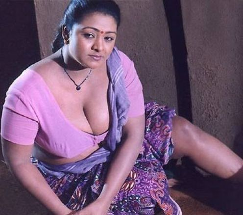 HOT SOUTH INDIAN ACTRESS: SHAKEELA MALLU BLOUSE PHOTOS