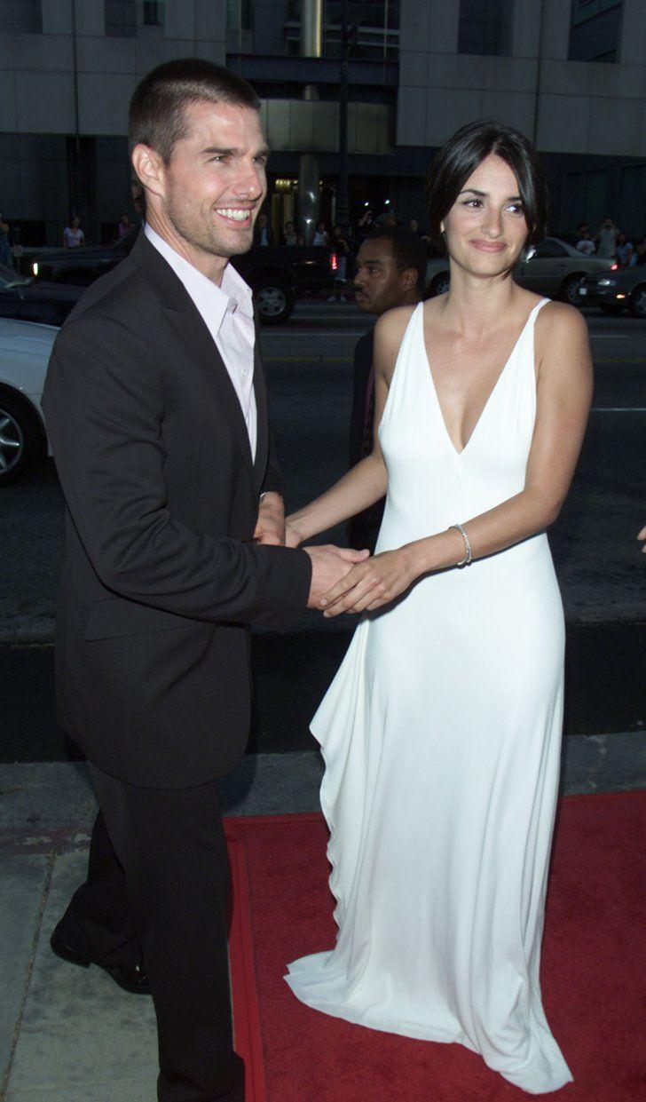 Pin for Later: Retour Sur la Fois où Ces Couples de Célébrités Se Sont Affichés en Public Pour la Première Fois Tom Cruise et Penélope Cruz en 2001