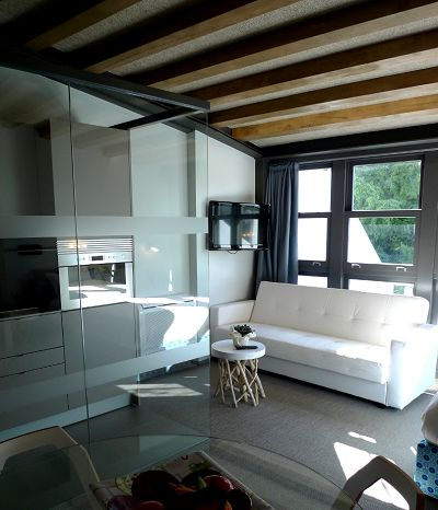416 best cocinas peque as images on pinterest for Diseno de apartamento rectangular