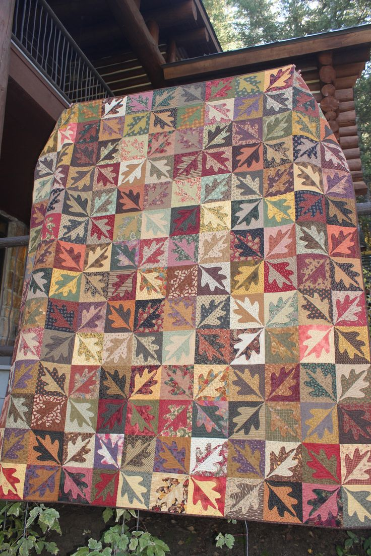 Split Leaf Quilt made by Ann Lewis