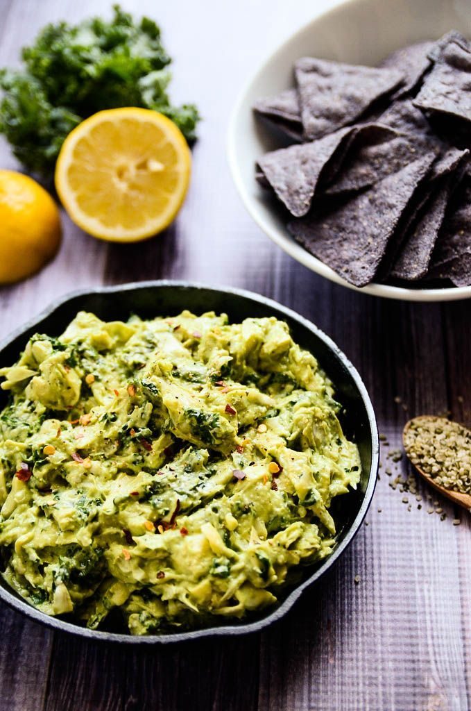 This Creamy Avocado, Artichoke + Kale Dip is so delicious you'd never know it's incredibly healthy! #dips #healthyrecipes