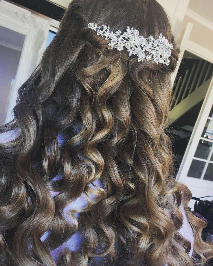 Hair by me @brow__lash_bar �� Prom look �� #makeup #instamakeup #cosmetic #cosmetics #TagsForLikes #TFLers #fashion #eyeshadow #lipstick #gloss #mascara #palettes #eyeliner #lip #lips #tar #concealer #foundation #powder #eyes #eyebrows #lashes #lash #glue #glitter #crease #primers #base #beauty #beautiful http://ameritrustshield.com/ipost/1541638006396924182/?code=BVk_5lPh7EW