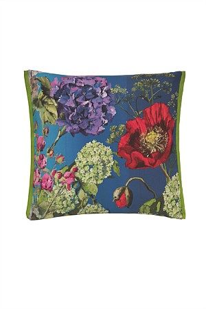 A full of life digitally printed garden, exquisite illustrations of poppy and cow parsley foreground the rich cobalt shading of this pure linen cushion.