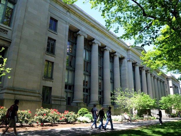 Harvard é a universidade mais frequentada por milionários (Foto: Getty Images) http://epocanegocios.globo.com/Informacao/Acao/noticia/2015/10/dez-universidades-que-mais-formam-milionarios-no-mundo.html