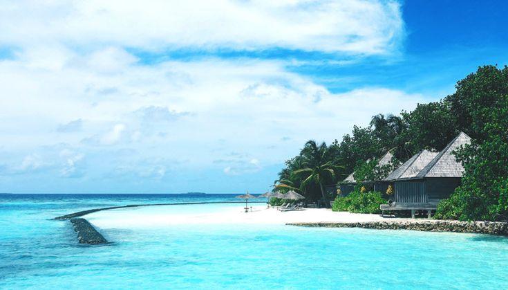 eine Woche Ferien auf den Malediven für zwei Personen, ein iPhone X mit 128 GB Speicher  https://www.alle-schweizer-wettbewerbe.ch/gewinne-ferien-auf-einer-trauminsel/