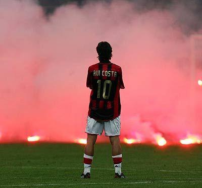 Milan derby... Rui Costa