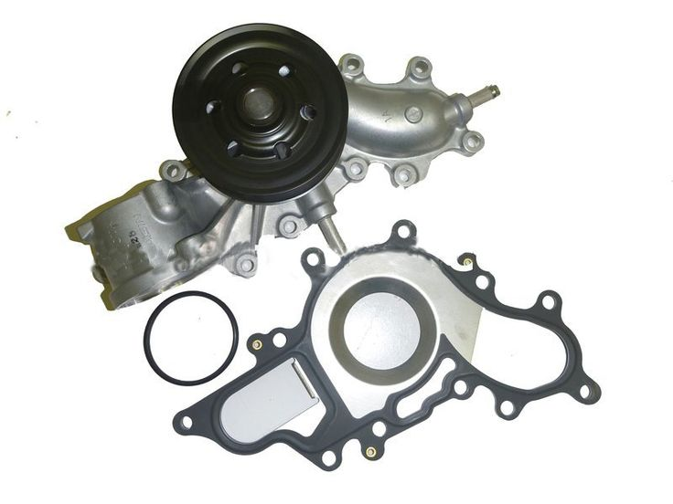 Water Pump for Toyota Landcruiser VDJ 4.5 V8 Diesel VDJ76 VDJ78