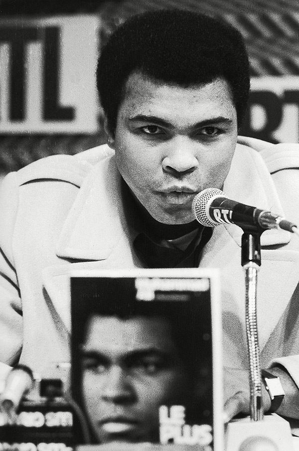 an analysis of the greatest moments of muhammed ali an american boxer Muhammad ali (born cassius marcellus clay, jr, january 17, 1942 – june 3, 2016) was an american professional boxer, generally regarded as the most.
