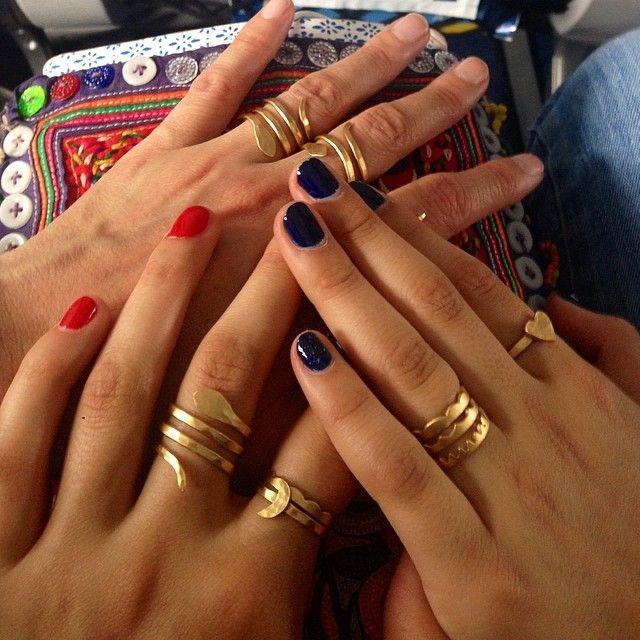 Los anillos entre colores