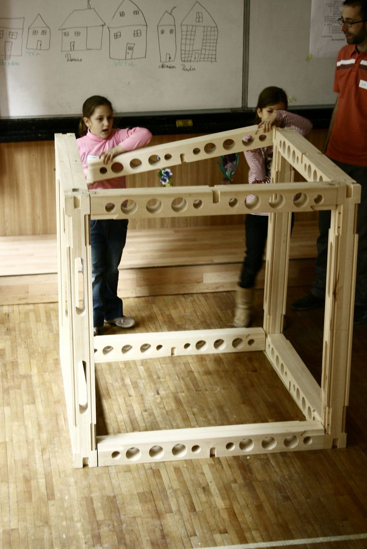 IKEDOO: Constructii si Arhitectura - Team work