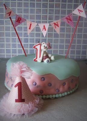 Ручной уголок: Тортик на годовасие № 2 + украшения / 1st birthday cake №2 + accessories