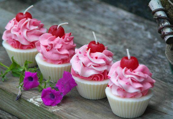 Vanilla Scented Soy Cupcake Candles Handmade by BrooklynWicksLLC