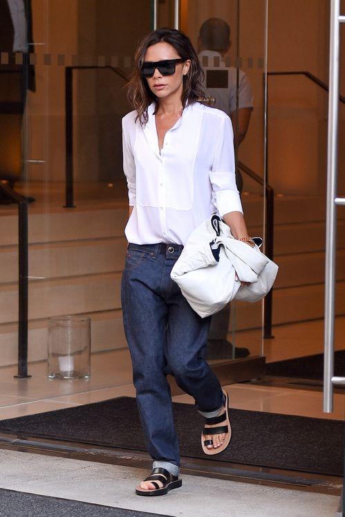 Victoria Beckham en Victoria Beckham et chaussures Céline