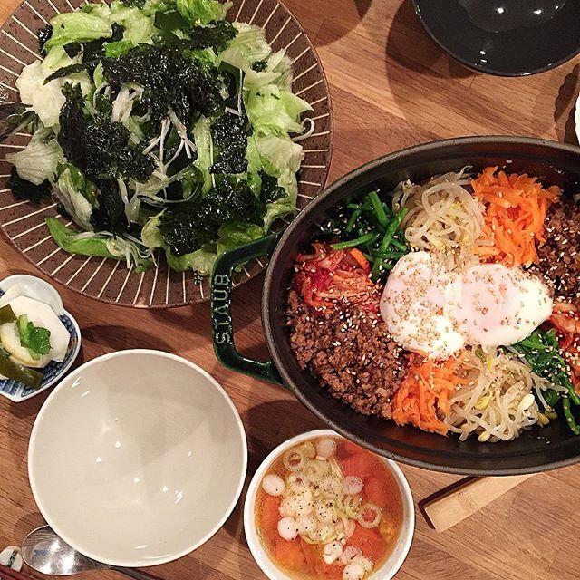 hi_rose80 on Instagram pinned by myThings Today's dinner . ストウブ焼きビビンバでこんばんは☺︎ . ストウブで炊いたご飯に直接具を乗せて少し火を入れて。 けど、火入れが弱かったらしく、おこげ出来なかった 残念! . チョレギサラダ、トマトスープ、蕪の檸檬漬けも。 . . #dinner #homemade #foodie #foodpic #foodporn #kaumo #kurashiru #kurashirufood #cookingram #delistagrammer #夕飯#夕食#晩ごはん#おうちごはん#韓国料理#ビビンバ#チョレギサラダ#STAUB #ストウブ#ストウ部 #新米ママ#男の子ママ#生後10ヶ月 #10months #5月生まれ