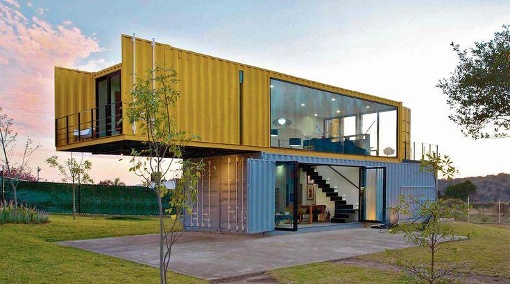 El Diseño de Casas en Contenedores nos ayuda tanto a mantener el ecosistema como a construir tu hogar a un bajo costo. Te invitamos a leer nuestro blog: http://ibercons.blogspot.com.co/ #FelizLunes