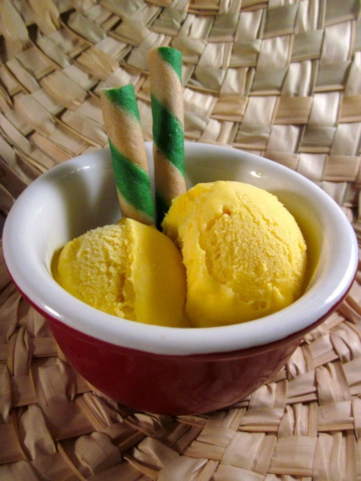 Want to see how easy it is to make mango ice cream you've ever tasted? Colorful step-by-step instructions inside, for the best mango ice cream recipe ever.