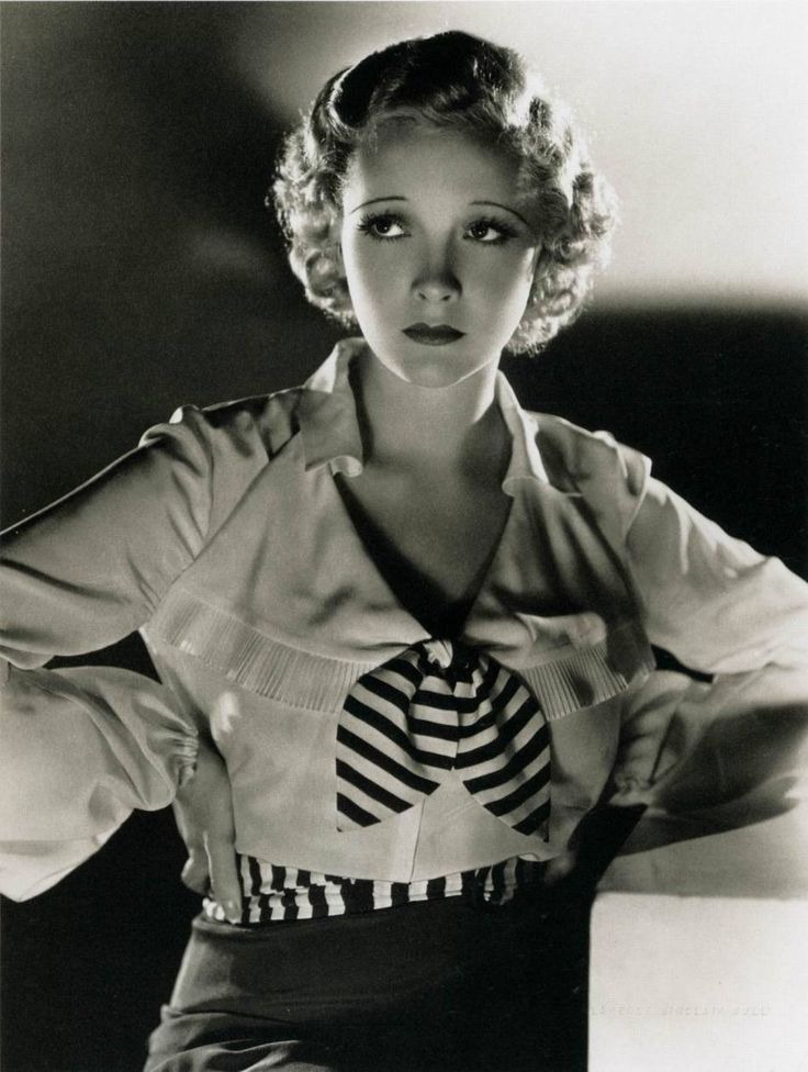 Helen Twelvetrees (photo by Clarence Sinclair Bull, 1932)