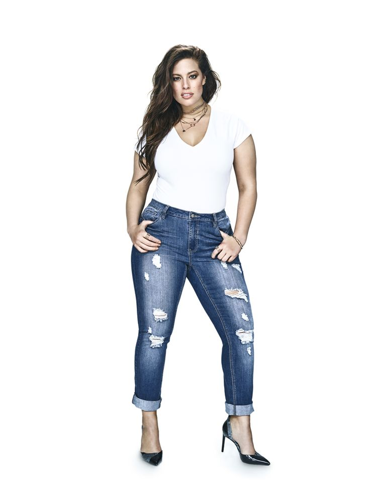 Ashley Graham in Addition Elle's Boyfriend Jean - Did you know Addition Elle has 6 key leg shapes for jeans?
