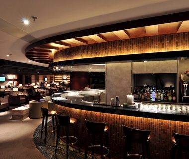 VIP Airport Lounges: How to Get In