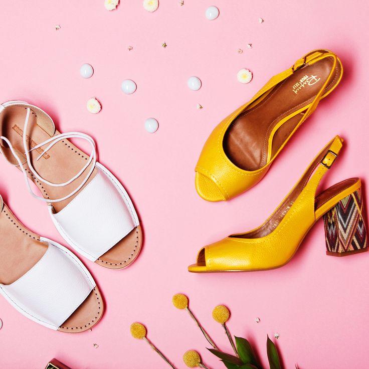 Модные босоножки на устойчивом каблуке идеально дополнят ваш воздушный летний образ с летящим платьем и стильной шляпкой! 😘 Жёлтые: 7669-203-429/8 Белые: VK58-096594/8 #respectshoes #iloverespect #shoes #ss17 #shopping #обувьреспект #шоппинг #весна #веснавrespectshoes