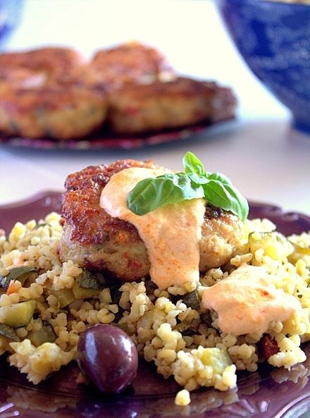 chicken burger with bulgur salad | chicken | Pinterest