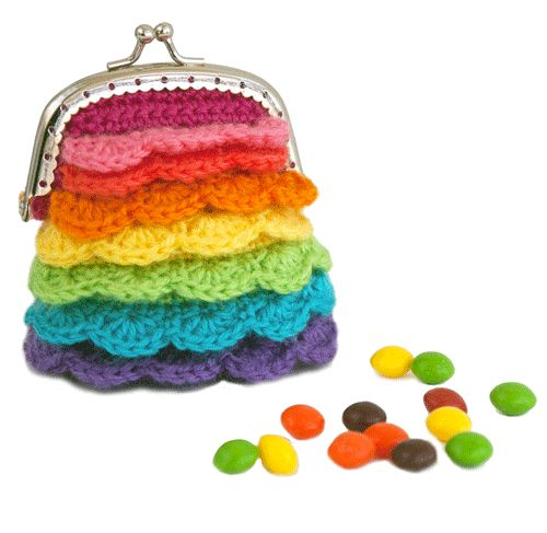 """Learn How to Crochet This Adorable """"Kisses Pouch"""" with Tamara from Moogly!"""
