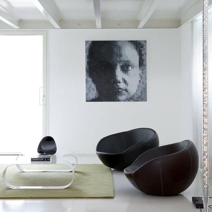 Origineller Schaukelsessel Eero von spHaus aus Italien.  #Sessel #Schaukelsessel #Schaukelstuhl #Wohnzimmer #livingroom #armchair #rocker #möbel #furniture #interiordesign #modern #inspiration #einrichten