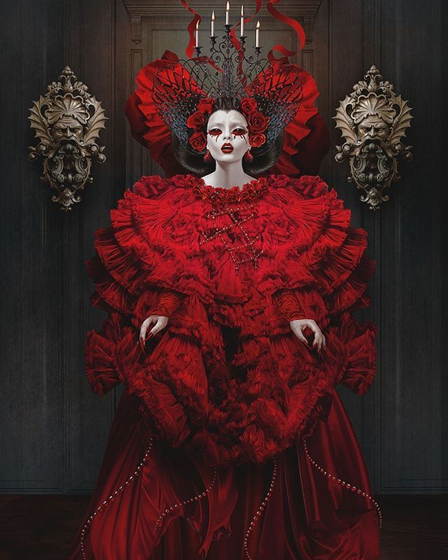 Red Queen by Natalie Shau