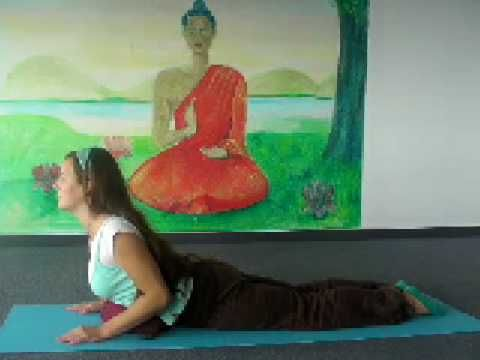 10 minutes relaxing gentle Yoga Class - for Beginners and Intermediate students who want to relax and recharge. http://my.yoga-vidya.org/video
