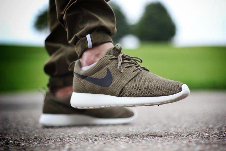 feetzi Nike Roshe Two SI Brown for women 881187 101