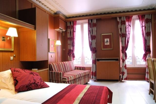 chambres-familiales: Vous pouvez venir en famille, certaines de nos chambres sont suffisament grandes...