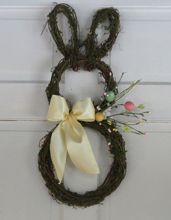 Moss covered grapevine Easter bunny wreath is the cutest door décor ...