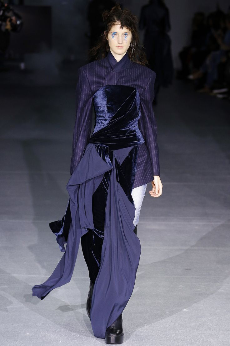 A F  Vandevorst Fall 2016 Ready to Wear Collection Photos   Vogue