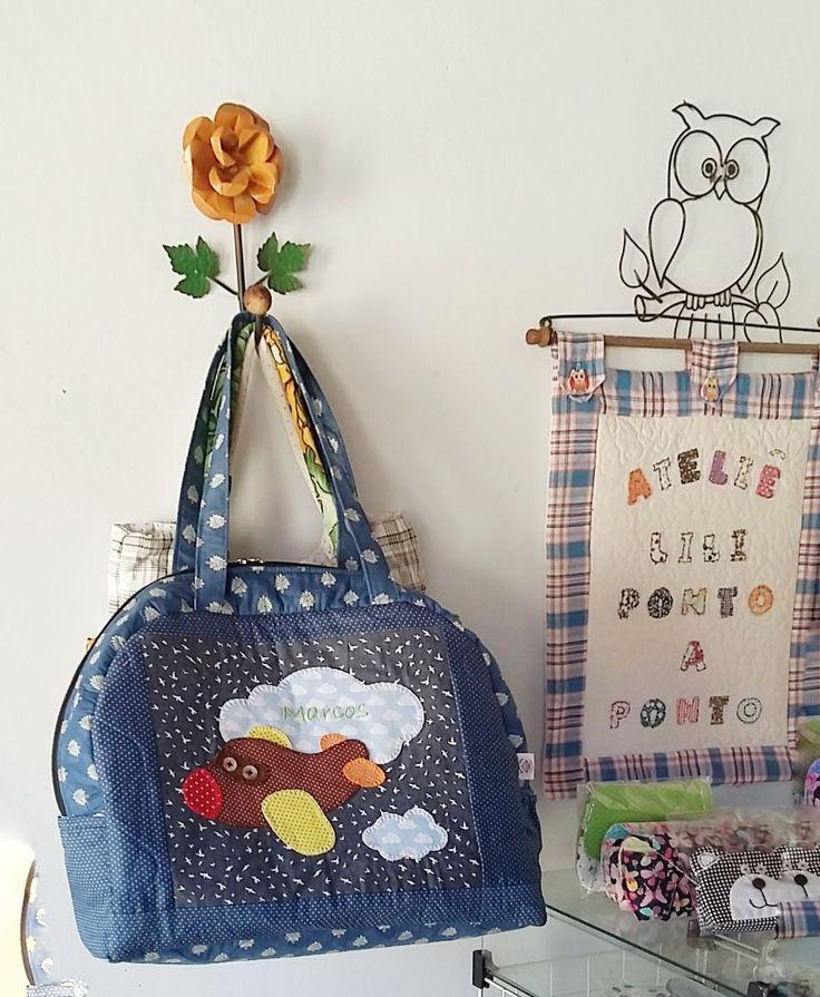 Bolsas e acessórios artesanais feitos com muito carinho exclusivamente para você. lilipontoaponto@gmail.com