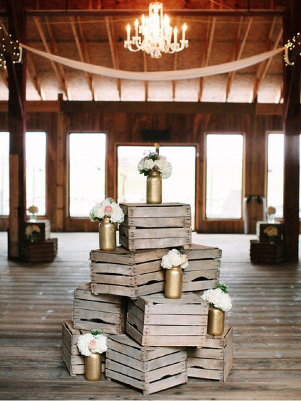 Cute & Crafty ideas for your Fall wedding! http://ruffledblog.com/recycle-your-wedding #Weddings #FallDecorations