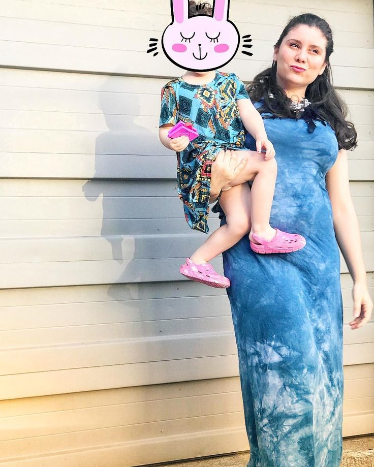 Just a young #boss trying to manage being a #smallbusiness owner and a #goodmama to my little one so I can leave her a great #legacy #pnw #lularoemaria #lularoestyle #lularoeaddict #howiroe #fashionblogger #fashion #fashionart #fashionaddict #fashiondiaries #fashionlover #blogger #americanstyle #hairandstyle #inspo #ootd #igfashion #stylegram #lookoftheday #musthave #instastyle #trendyglamgirl #howtostyle #outfitinspiration #kissmysass #sassysuite #lularoestylingchallenge