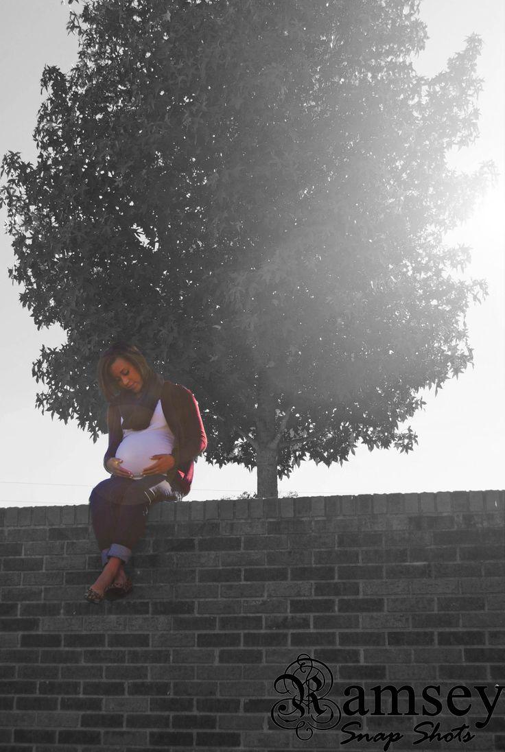 maternity photo #photography #blacknwhite #edited
