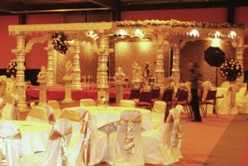 MeetingDistrict Hindoestaanse bruiloft - MeetingDistrict