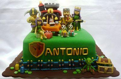 Clash of Clan Birthday Cakes