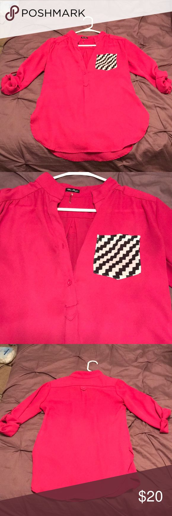 Chiffon three half button with chevron pocket This top is in great condition! Cute for every day or a night out! The Rage Tops Button Down Shirts