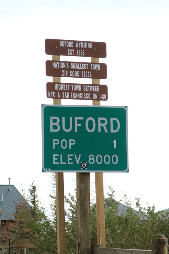 Buford, Wyoming - the smallest town in America