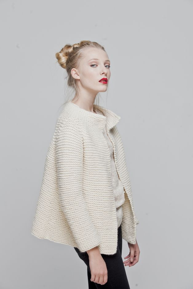 Strickset, DIY-Kit für einen Cardigan aus feiner Schafwolle / diy knitting kit for a warm cardigan by We Are Knitters via DaWanda.com